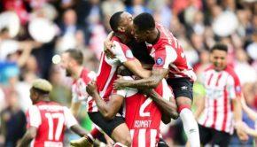 Dutch delight as Phillip Cocu returns PSV to top of Eredivisie tree