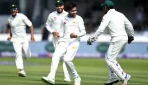 Mohammad Amir weaves magic at Lord's