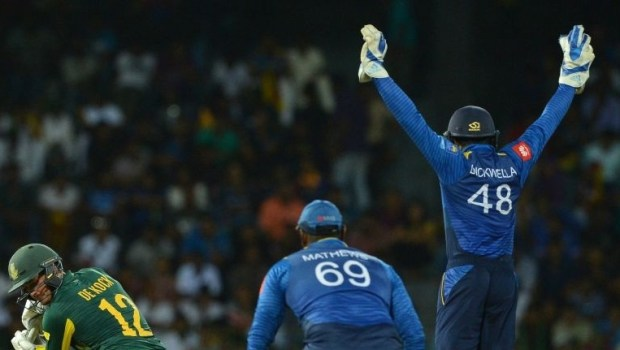 South Africa's Quinton de Kock gets dismissed by Sri Lanka's Akila Dananjaya