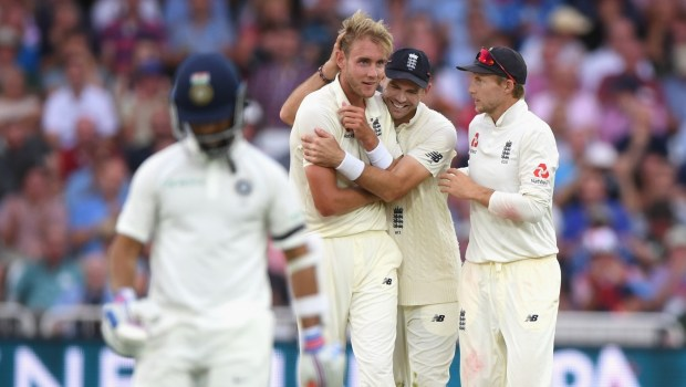England bowler Stuart Broad is congratulated by James Anderson and Joe Root