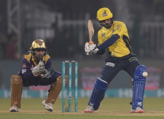 Hafeez bids adieu to Peshawar: Chance for Lahore to strengthen their cream of locals