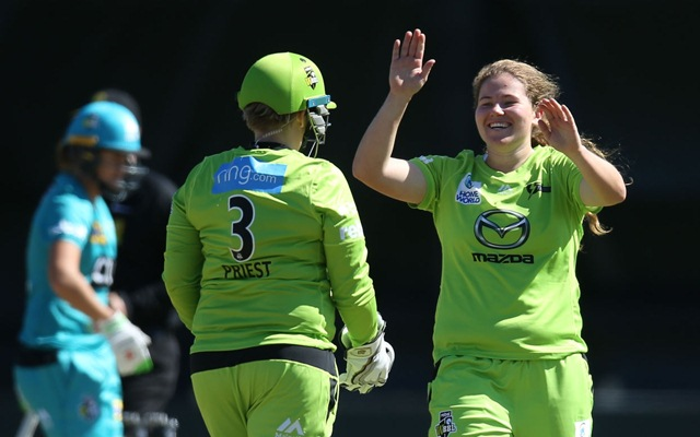 Women's Big Bash League 2019: Match 12, Sydney Thunder vs Melbourne  Renegades – Dream11 Fantasy Cricket Tips – Playing XI, Pitch Report &  Injury Update