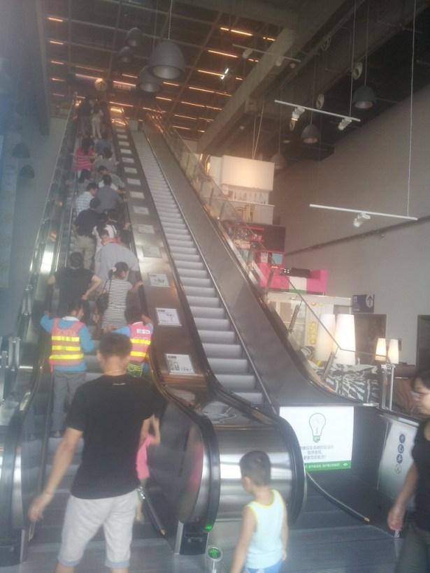 wuxi_ikea_before_go_to_third_floor_08