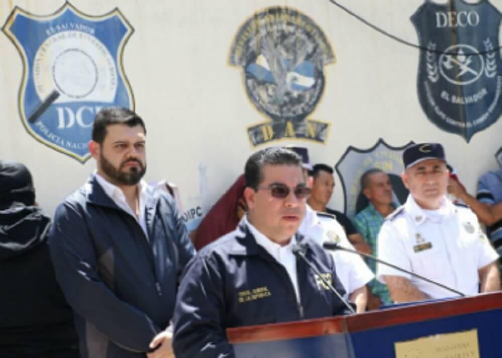 El Salvador Attorney General Raúl Melara announces the dismantling of the hit squad