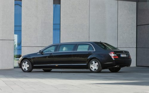 Mercedes S600 Pullman State Limousine