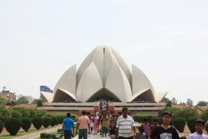 lotus temple bahai delhi crimsonasia