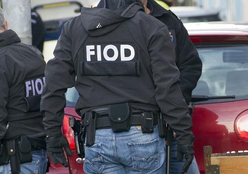 Diez hombres arrestados en Holanda por lavar dinero en bitcoins