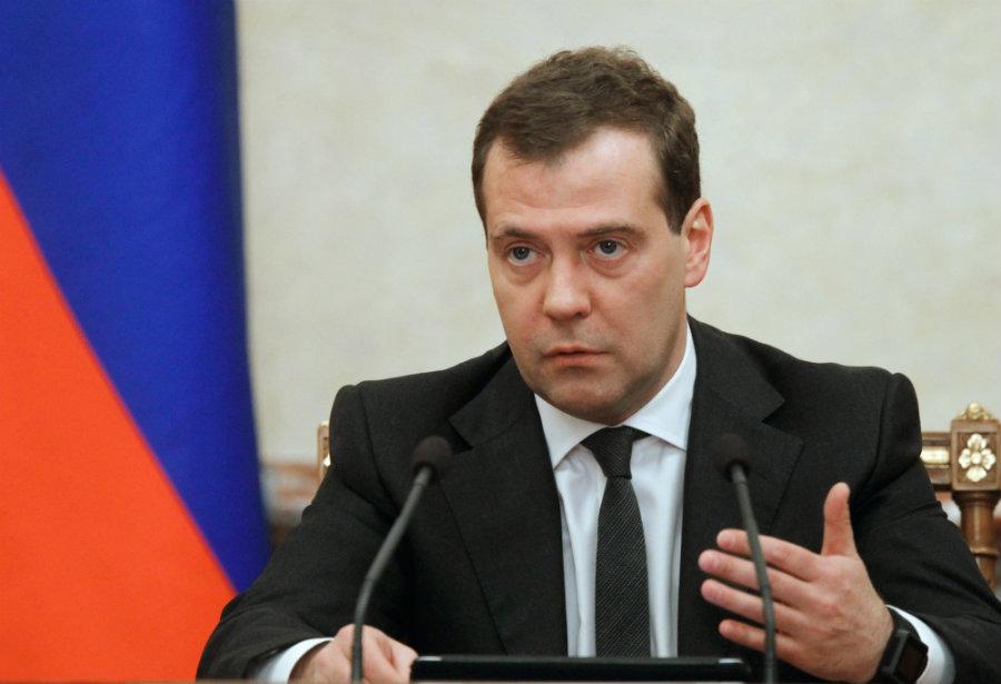 Primer ministro de Rusia considera la tecnología Bitcoin como un desafío para el sistema legal