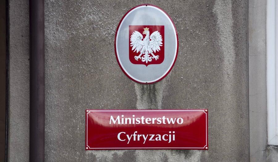Gobierno de Polonia estudia adoptar la blockchain y digitalizar su moneda