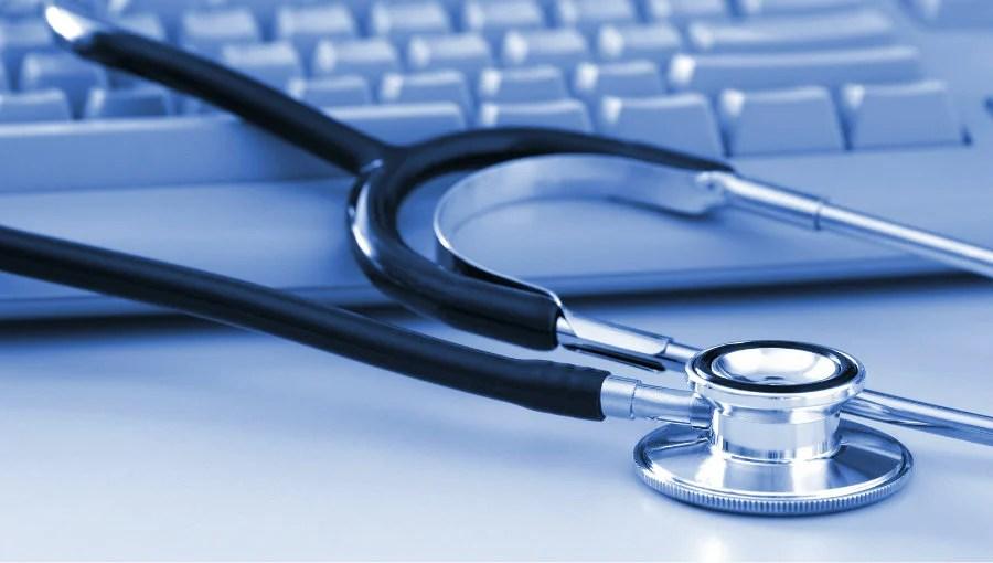 Hacker pone en venta miles de historiales médicos por más de 1.000 bitcoins
