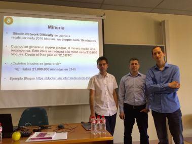 De izquierda a derecha: Óscar González, Claudiu Tanasescu y Steven Van Vaerenbergh
