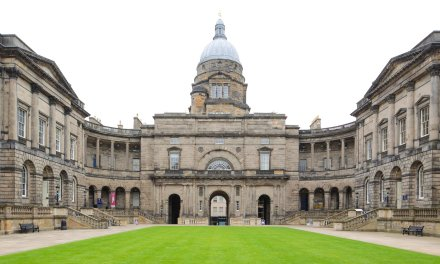IOHK financiará laboratorios blockchain en universidades de Escocia y Tokio