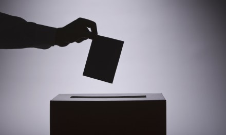 Startup australiana da un nuevo giro al sistema de votación con blockchain de Bitcoin