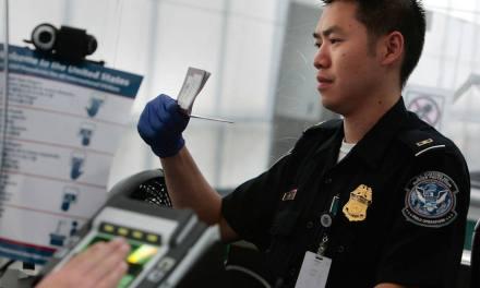 Nueva ley podría obligar a viajeros a declarar sus fondos de criptomonedas en Estados Unidos