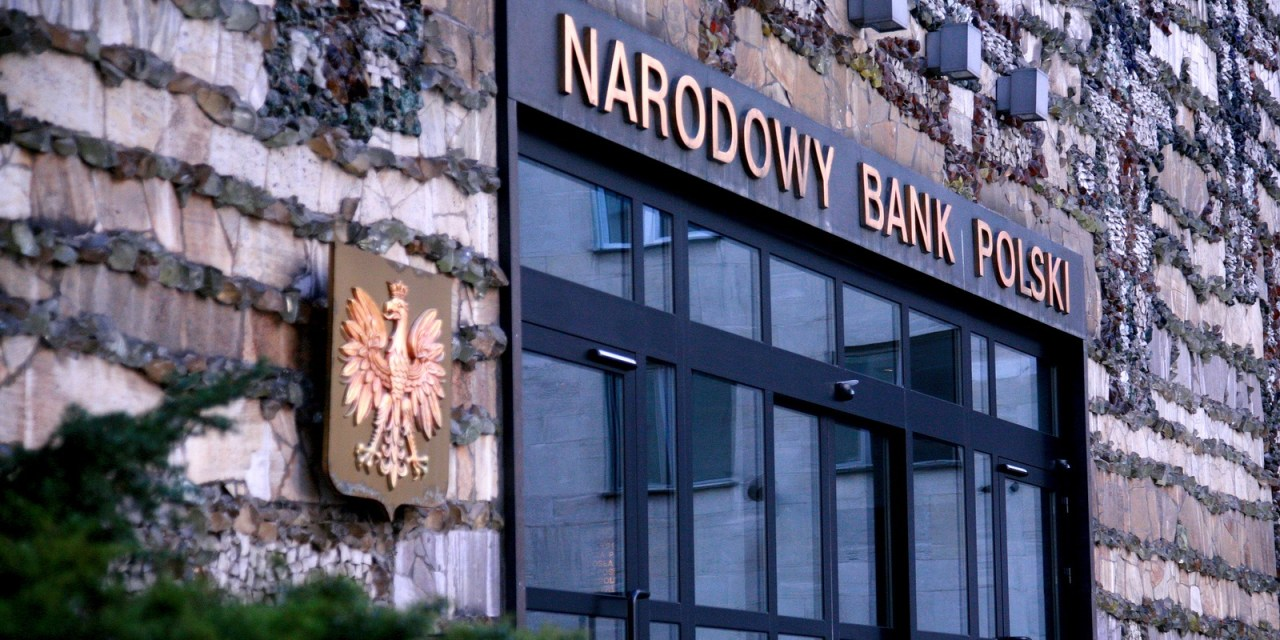 Autoridades financieras de Polonia advierten contra el uso de criptomonedas