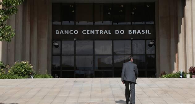 Banco Central de Brasil emite alerta sobre inversión en criptomonedas