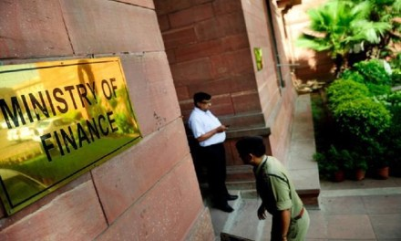 Gobierno de India compara criptomonedas con esquemas piramidales