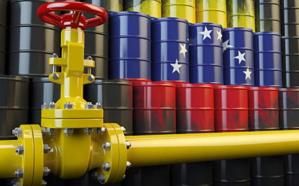 Maduro decreta que cada Petro equivaldrá a un barril de petróleo canjeable por crudo físico