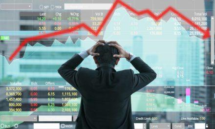 Bitcoin y el mercado bursátil están muy relacionados, según estratega de Wells Fargo
