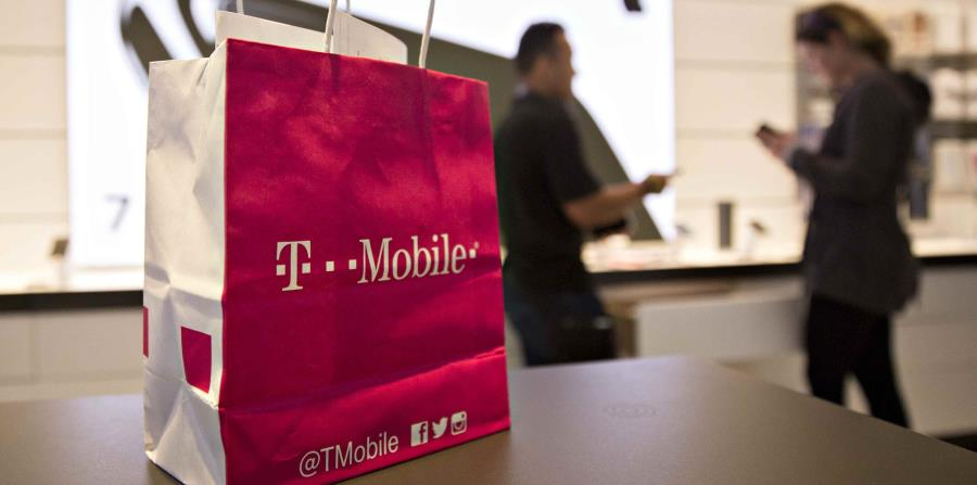 Demandan a T-Mobile por falla de seguridad que permitió robo de criptomonedas