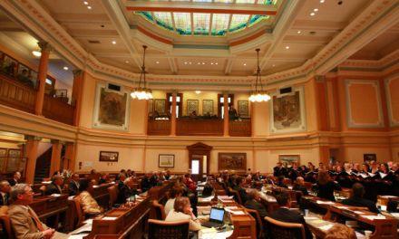 Introducen proyecto de ley para eximir de impuestos a poseedores de criptomonedas en Wyoming