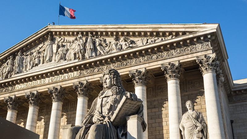 Francia propone crear un marco legislativo que convierta al país en un centro financiero de ICO
