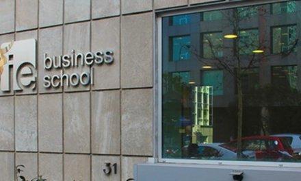 Escuela de negocios de España emite criptoactivo entre estudiantes para enseñar sobre economía tokenizada