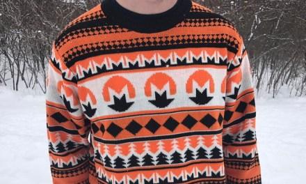 Conoce los suéteres navideños que están marcando tendencia en el ecosistema blockchain