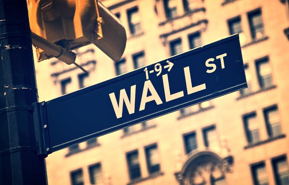 Bolsa de Nueva York evalúa el lanzamiento de derivado financiero de bitcoin