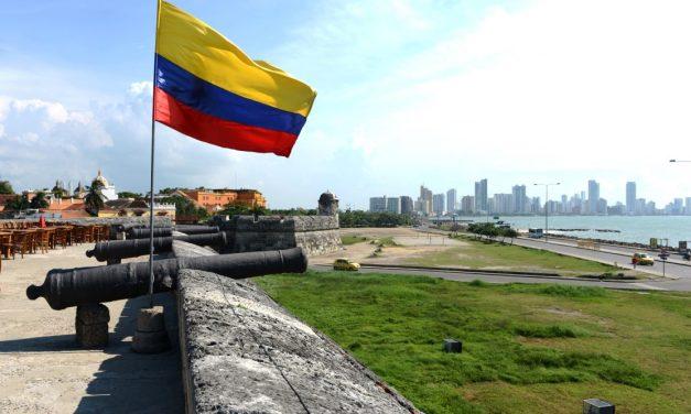 Colombia en la encrucijada de las criptomonedas: adopción, debate y cierre de cuentas bancarias de Buda.com