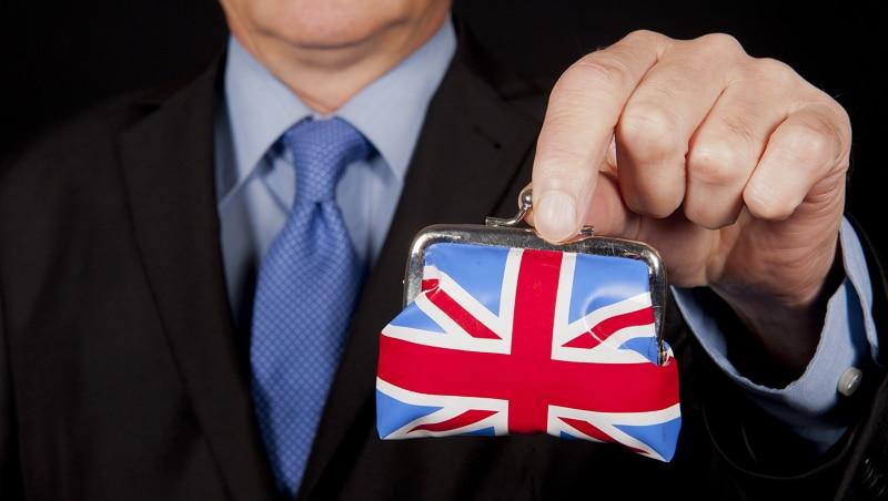 Gobierno británico podría ahorrar hasta $10,5 millardos utilizando blockchain, según parlamentario
