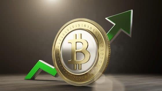 Precio de bitcoin se dispara a más de $8.000 en casa de cambio WEX