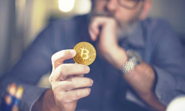 ¿Quiénes son responsables de Bitcoin?