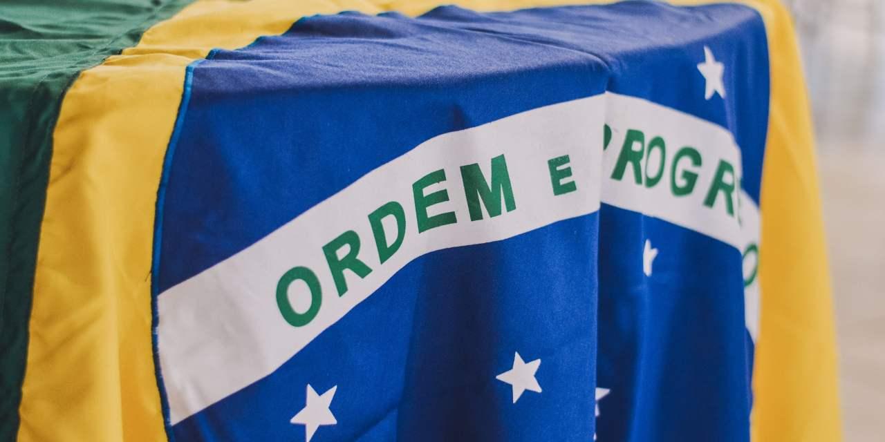 Candidato presidencial de Brasil registra su plan de gobierno en Decred