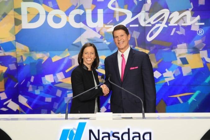 CEO de Nasdaq: las criptomonedas podrían ser la moneda global del futuro
