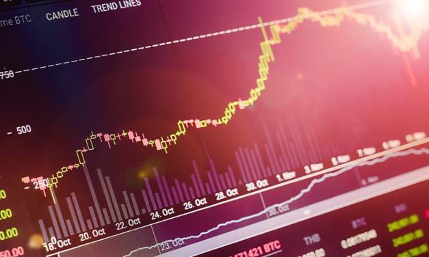 EOS, ADA y OMG encabezan movimiento positivo del mercado de criptoactivos
