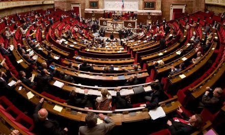 Legislador francés propone vetar criptoactivos orientados a la privacidad
