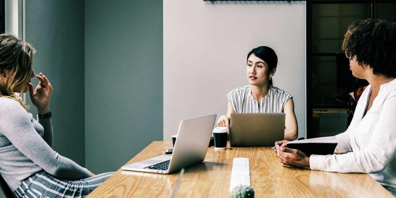 Crear, invertir, desarrollar: mujeres en Bitcoin