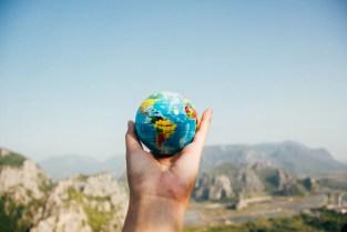 Blockchain para revolucionar el turismo: aviación comercial y hotelería