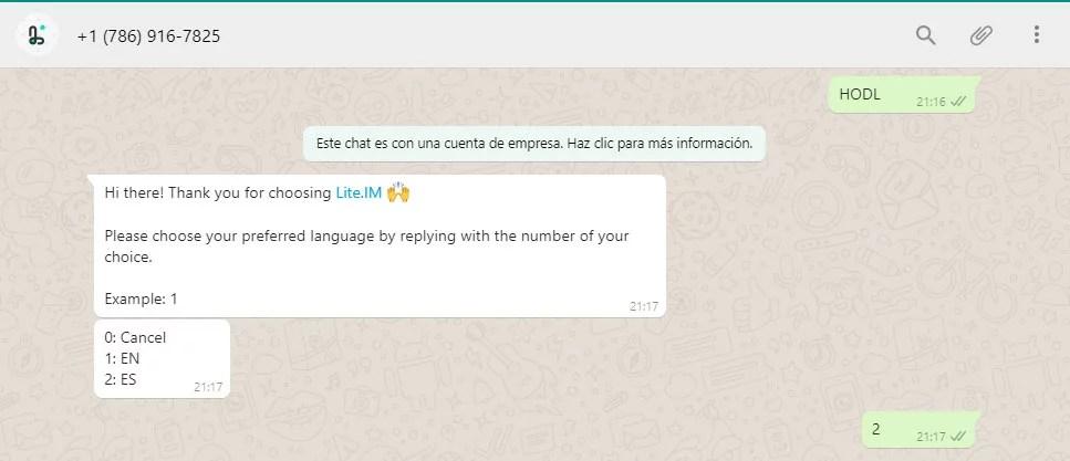 Captura de la elección del idioma para interactuar con el bot que permite enviar y recibir bitcoin vía whatsapp