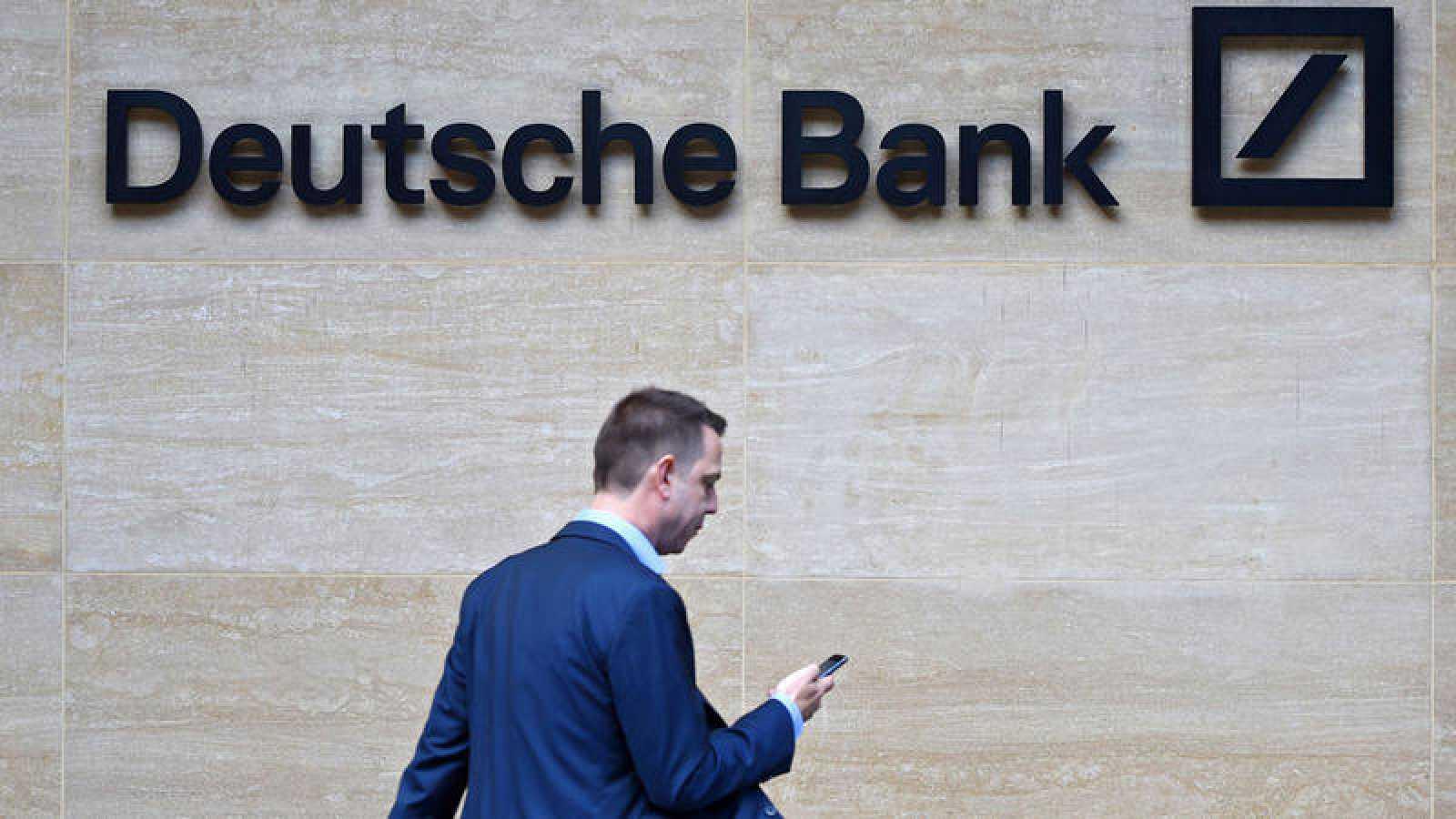Deutsche Bank cree que las monedas digitales emitidas por bancos centrales reemplazarán al efectivo