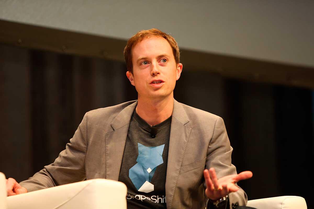 """Erik Voorhees: Bitcoin reemplazará el dólar """"preminado"""" de la Fed"""