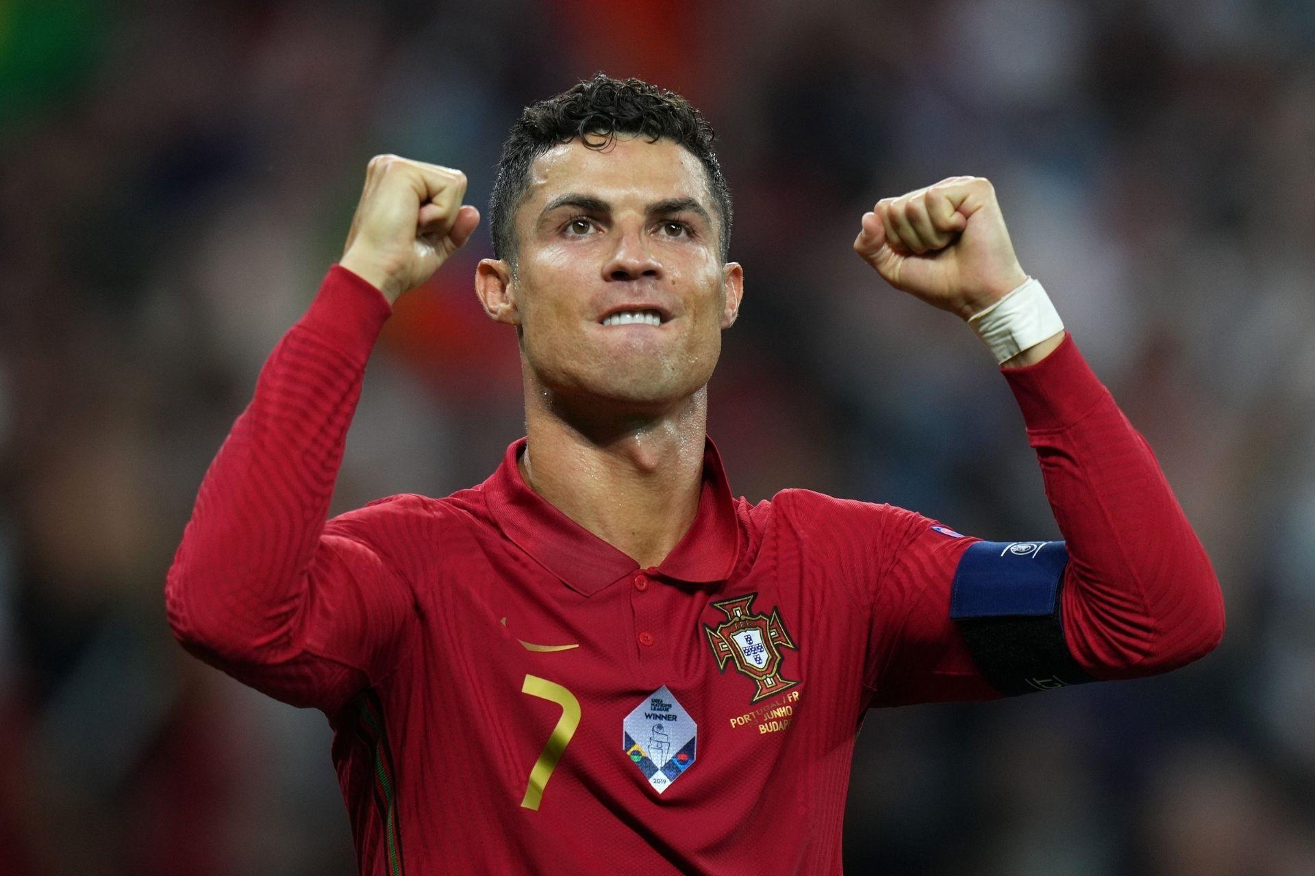 Cristiano Ronaldo se lleva trofeo de máximo goleador de la Eurocopa que es registrado en blockchain y convertido en un coleccionable digital