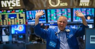 Bitcoin Crolla più di 1000 dollari in un giorno e gli investitori festeggiano (alcuni)