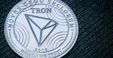 Tron (TRX) Justin Sun Warren Buffet