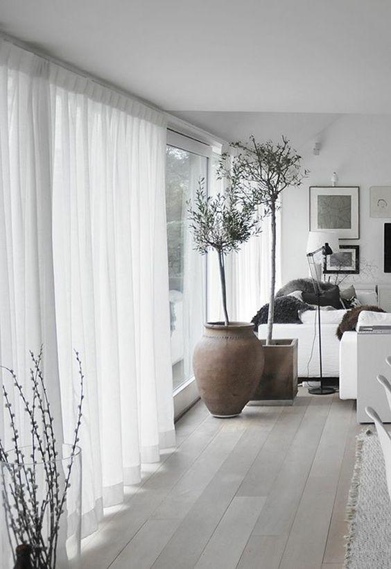Arredare con i tessuti le tende giuste per la vostra for Tende casa classica
