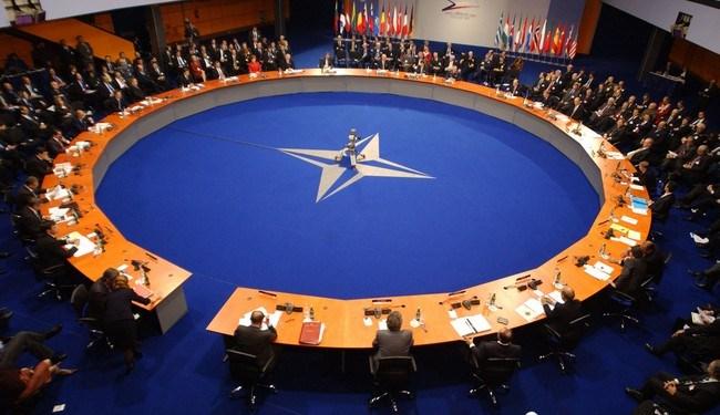 Η Ρωσία βάζει την ένταξη της Β. Μακεδονίας στο NATO στην ατζέντα Δένδια-Λαβρόφ 22