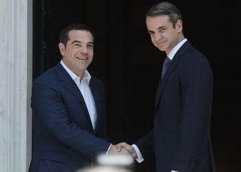 Ο Μητσοτάκης ενημερώνει τους πολιτικούς αρχηγούς για Τουρκία και Σύνοδο Κορυφής 30
