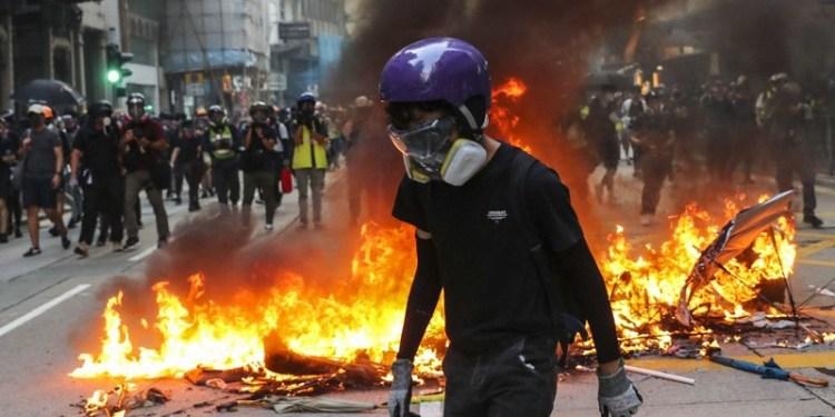 Σι και Τραμπ (ξανά)βάζουν φωτιά στο Χονγκ Κονγκ 23
