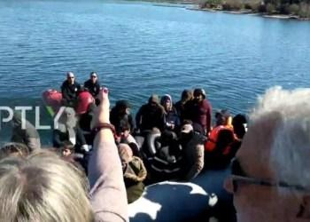 Προσφυγικό-Λέσβος: Ρίχνουν με πλαστικές σφαίρες κατά διαδηλωτών 27